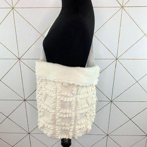 Chunky Knit Crossbody Messenger Bag w Tassels